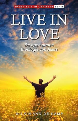 Live in love (Paperback)