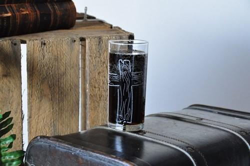 Drinkglas, thema Huwelijk, Drievoudig Snoer (Glas)