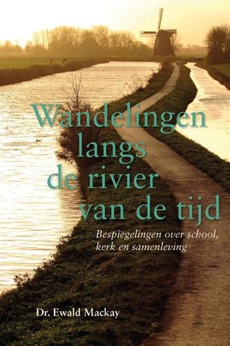 Wandelingen langs de rivier van de tijd (Paperback)