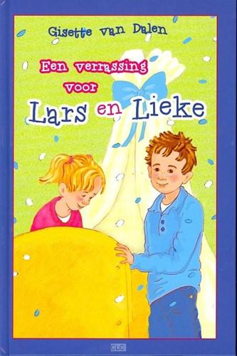 Een verrassing voor Lars en Lieke (Hardcover)