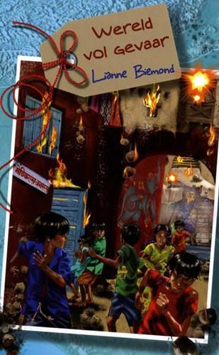 Wereld vol gevaar (Hardcover)