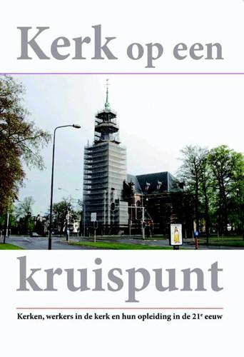 Kerk op een kruispunt (Paperback)
