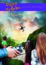 Spanning langs de grens (Hardcover)