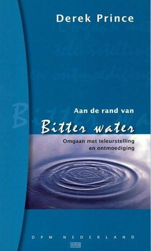 Aan de rand van bitter water (Boek)