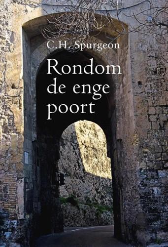 Rondom de enge poort (Hardcover)
