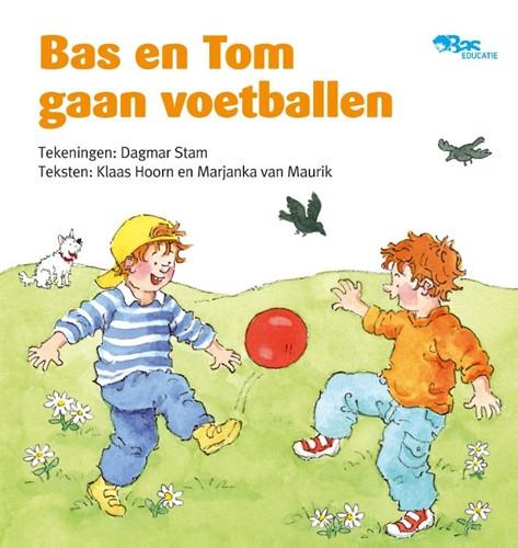 Bas en Tom gaan voetballen (Hardcover)