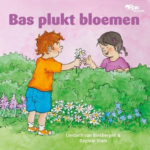Bas plukt bloemen (Hardcover)