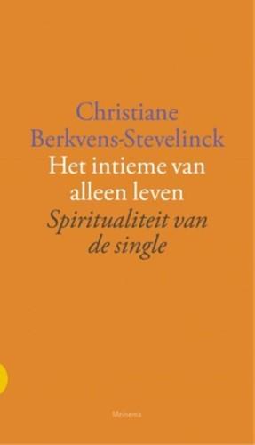 Intieme van alleen leven (Paperback)